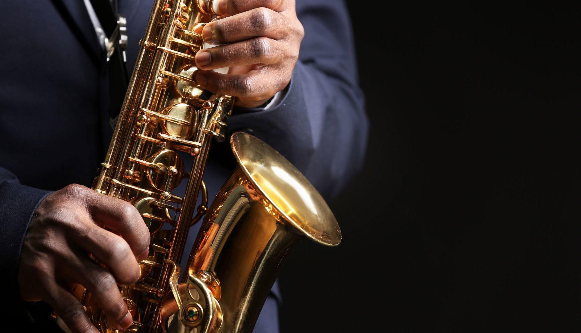 IQOS Embassy Napoli jazz