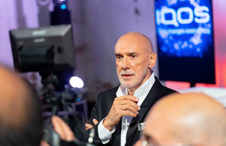 Diego Dalla Palma e IQOS Beauty - smettere di fumare